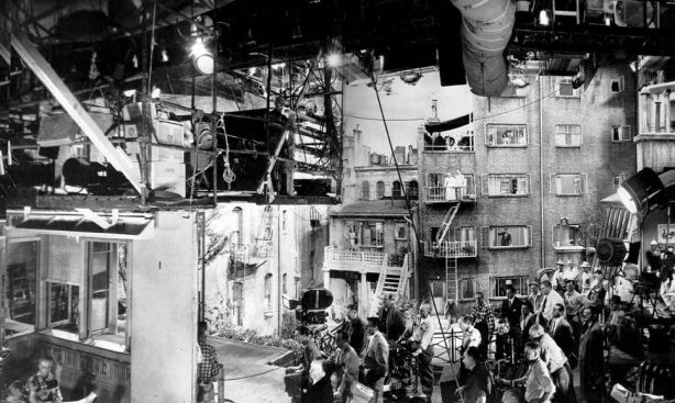 Set construction for 'The rear window' directed by A. Hitchcock (1954)